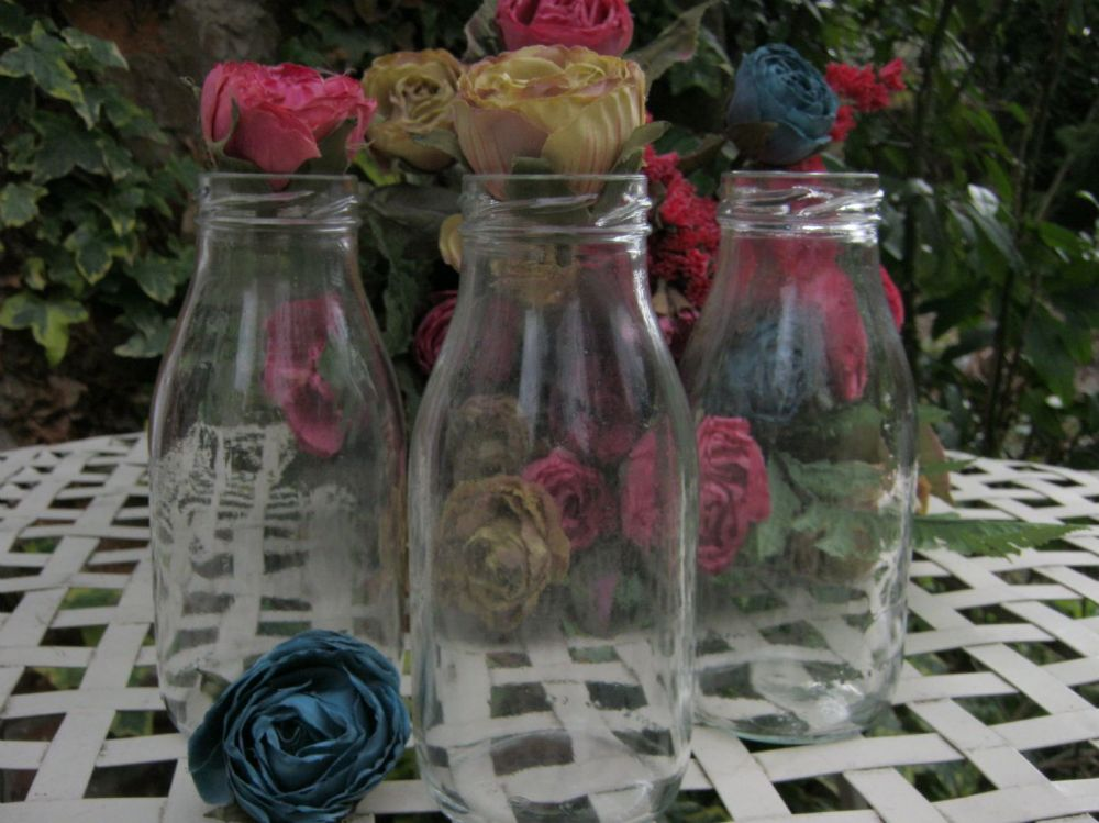 dating vintage milk bottles